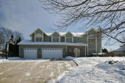 Photo of 6070 S Karrington Ln, New Berlin, WI 53151