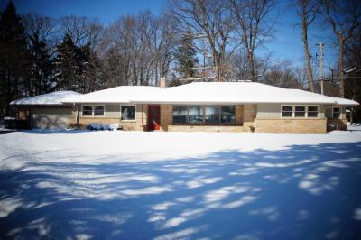 Photo of 5955 S 36th. St, Greenfield, WI 53221