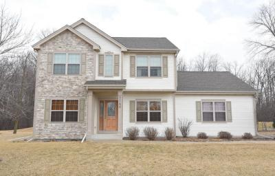 Photo of 9140 N Brandybrook Trl, Brown Deer, WI 53223