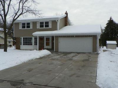 Photo of S70W14845 Dartmouth Cir, Muskego, WI 53150