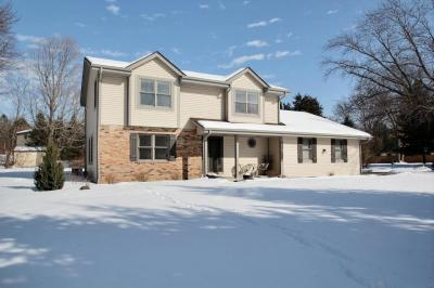 Photo of W284N6476 Hawthorne Rd, Merton, WI 53029