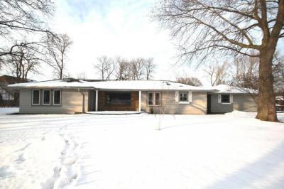 Photo of 15100 W Bluemound Rd, Elm Grove, WI 53122