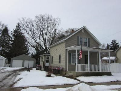 Photo of 927 Prairie Ave., Janesville, WI 53545