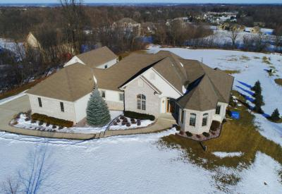 Photo of 4000 Hawks Ridge Dr, Richfield, WI 53033