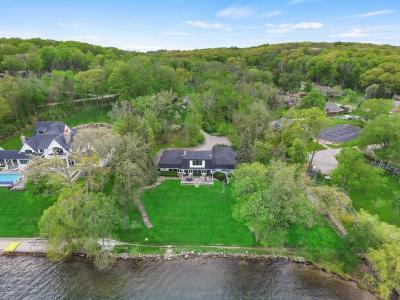 Photo of 901 Snake Rd, Lake Geneva, WI 53147