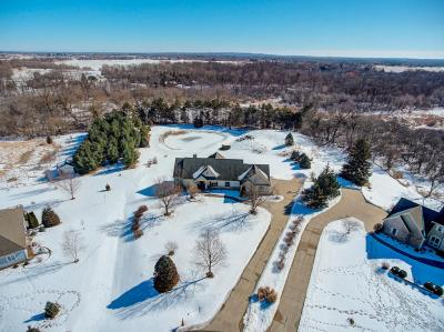 Photo of 2096 Hickory Ct, Summit, WI 53066