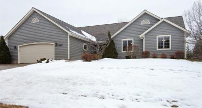 Photo of 2520 Skyline Dr, West Bend, WI 53090