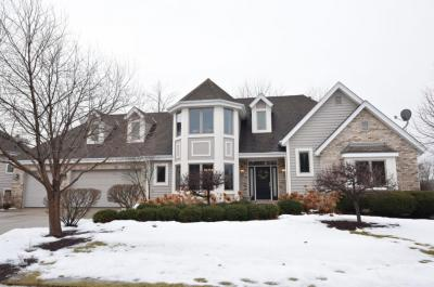 Photo of 921 Schloemer Dr, West Bend, WI 53095