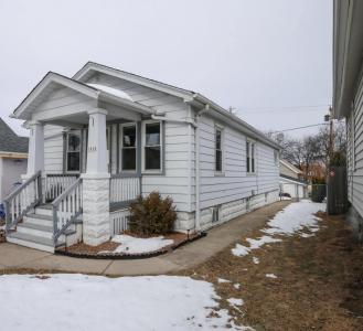 1810 E Euclid Ave, Milwaukee, WI 53207