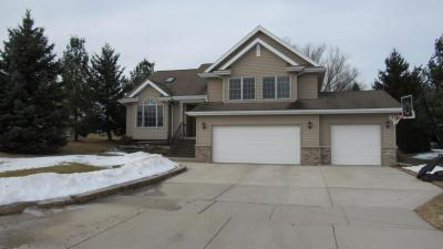 Photo of 806 Beech Dr, Plymouth, WI 53073