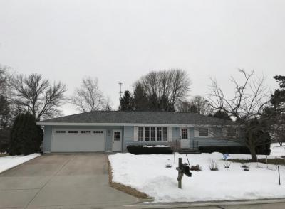 Photo of 909 Lee Ave, Howards Grove, WI 53083