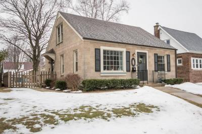 Photo of 3109 E Crawford Ave, St Francis, WI 53235