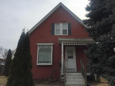 Photo of 1021 Sycamore Ave, South Milwaukee, WI 53172