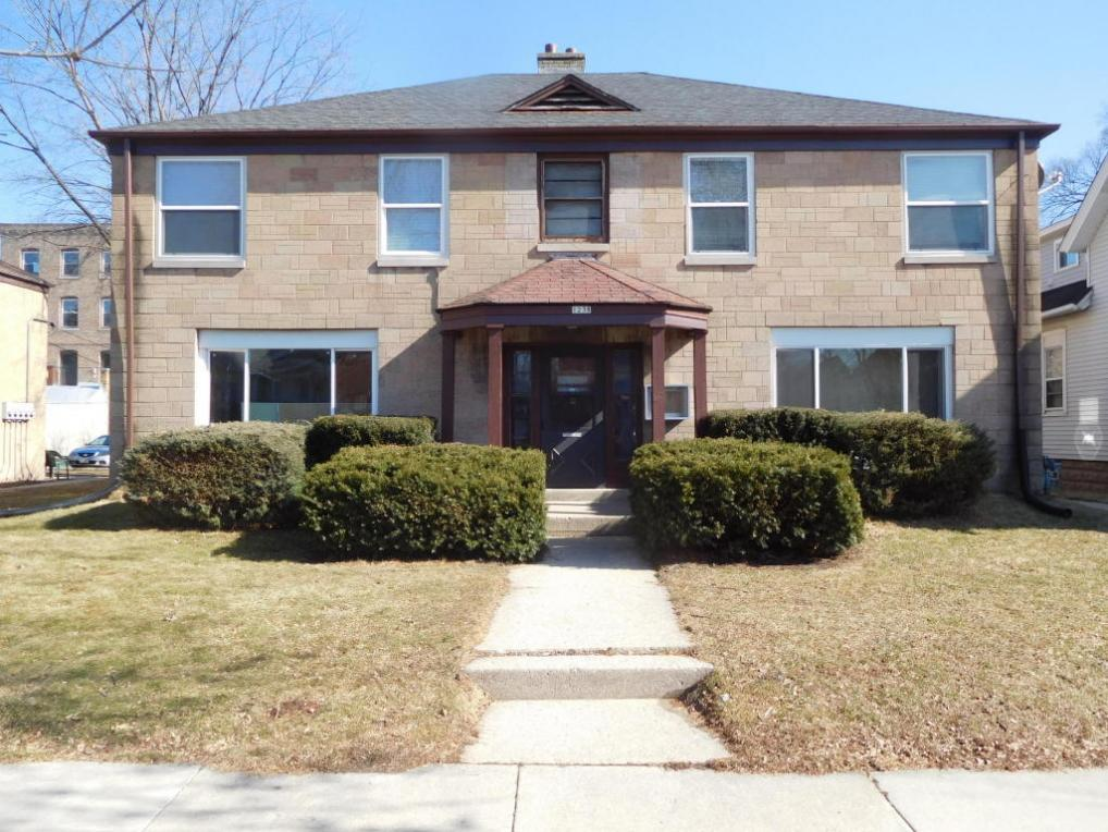 1238 S 24th St, Milwaukee, WI 53204