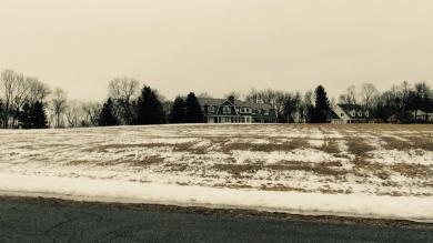 205 Monastery Hill Dr, Lac La Belle, WI 53066