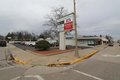 109 Pine N St, Burlington, WI 53105