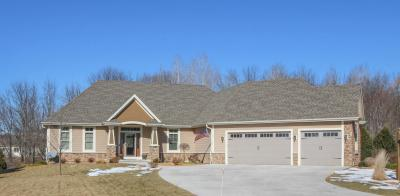 Photo of 2376 Brookside Dr, Jackson, WI 53037