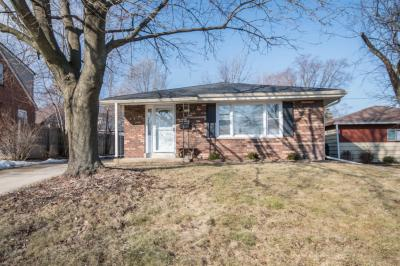 Photo of 1211 S 122nd St, West Allis, WI 53214