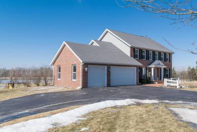 Photo of 311 Castle Cove Way, Erin, WI 53027