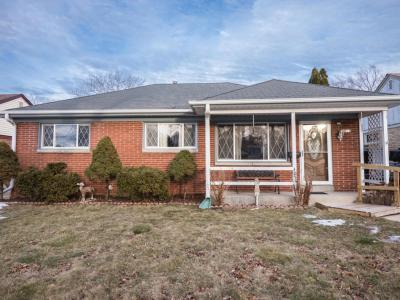 Photo of 4058 S Troy Ave, St Francis, WI 53235