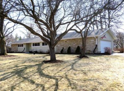 Photo of 15205 Cascade Dr, Elm Grove, WI 53122