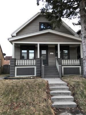 Photo of 1625 E Saint Francis Ave, St Francis, WI 53235
