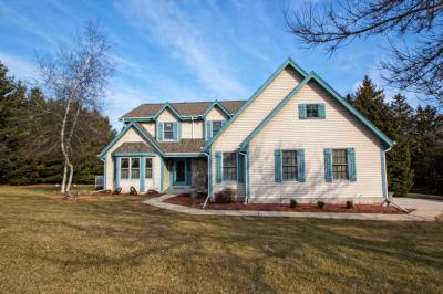 Photo of W367S9730 Charnwood Ln, Eagle, WI 53119