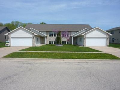 Photo of 189 Dykstra Dr #191, Fall River, WI 53932