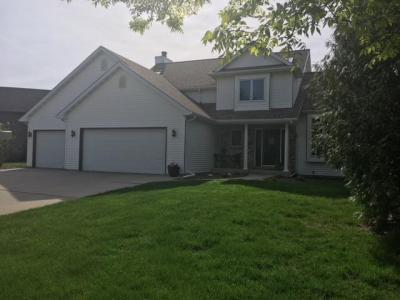 Photo of 611 S Hills Dr, Plymouth, WI 53073