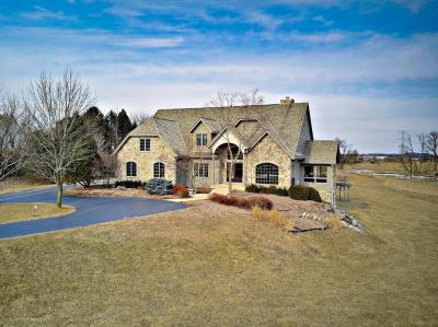 Photo of 20270 W North Ave, Brookfield, WI 53045