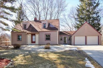 Photo of W276N1573 Spring Creek Dr, Pewaukee, WI 53072