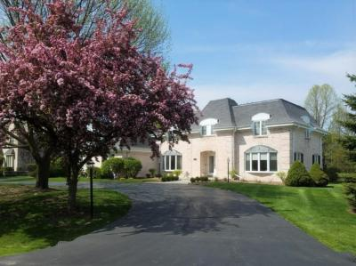 Photo of 12518 N Saint Anne Ct, Mequon, WI 53092