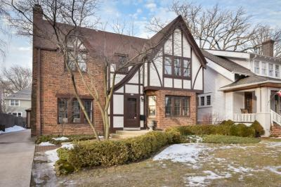 Photo of 840 E Birch Ave, Whitefish Bay, WI 53217