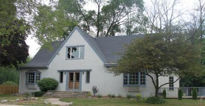 Photo of 835 River Bend Ct, Grafton, WI 53024