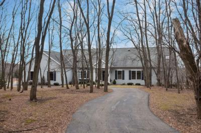 Photo of 3131 W Pioneer Rd, Mequon, WI 53097