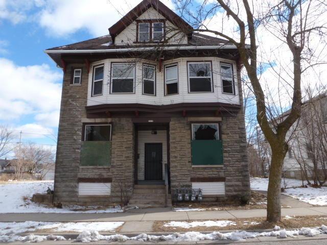 2412 N 36th St, Milwaukee, WI 53210