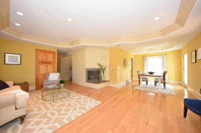 Photo of 10360 N Greenview Drive, Mequon, WI 53092