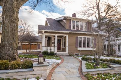 Photo of 895 E Birch Ave, Whitefish Bay, WI 53217