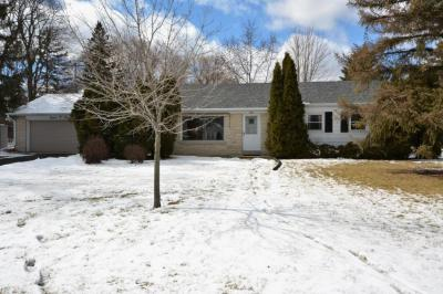 Photo of 1603 S Sunnyslope Rd, New Berlin, WI 53151