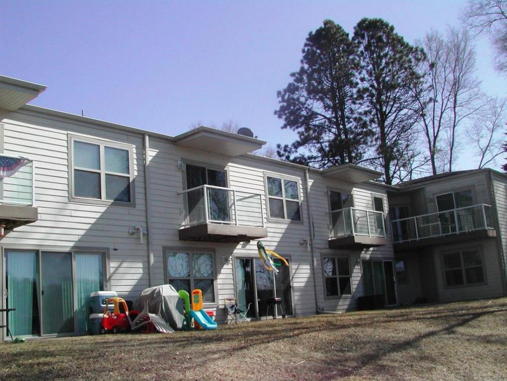 N7317 Chapel Dr #5-6-7-8, Whitewater, WI 53190