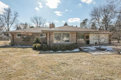 Photo of 575 Rosedale Dr, Thiensville, WI 53092