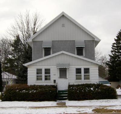 Photo of 444 S Main St, Oconomowoc, WI 53066