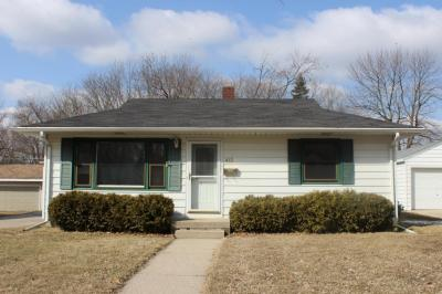 Photo of 412 S Moreland Blvd, Waukesha, WI 53188