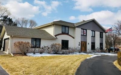 Photo of 3245 Town Crier Ct, Brookfield, WI 53005