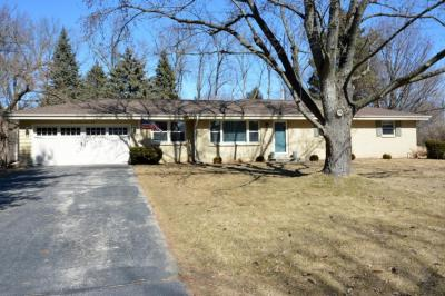 Photo of 17740 Windemere Rd, Brookfield, WI 53045