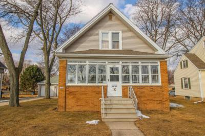 Photo of 1041 S 86th St, West Allis, WI 53214