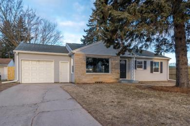 1533 N Wisconsin St, Port Washington, WI 53074
