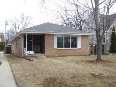 Photo of 2072 S 107th St, West Allis, WI 53227