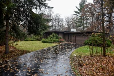Photo of 4124 W Southland Dr, Franklin, WI 53132