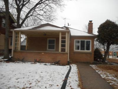 Photo of 1582 S 74th, West Allis, WI 53214